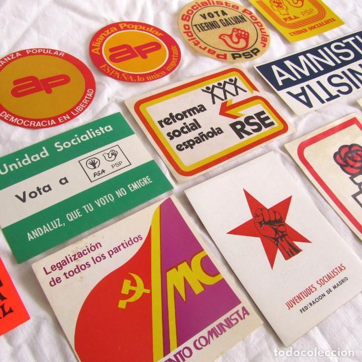 13 PEGATINAS DE POLITICA AÑOS 70-80 (Coleccionismos - Pegatinas)