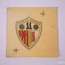 Pegatinas de colección: CLUB PETANCA - AT. LA LLOGOSTA - PEGATINA 6,5CM DE DIÁMETRO. Lote 278341038