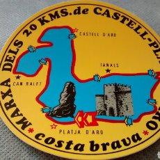 Pegatinas de colección: MARXA DELS 20 KMS DE CASTELL PLATJA D´ARO. COSTA BRAVA. PEGATINA.. Lote 284167263