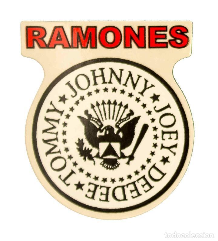 PEGATINA STICKERS MUSIC DE LOS AÑOS 80,90 - RAMONES (Coleccionismos - Pegatinas)