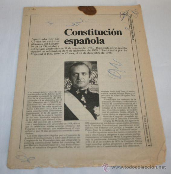 CONSTITUCION ESPAÑOLA - EL PAIS 6 DE DICIEMBRE DE 1981 - REVISTA ANTIGUA (Coleccionismo - Revistas y Periódicos Modernos (a partir de 1.940) - Periódico El Páis)