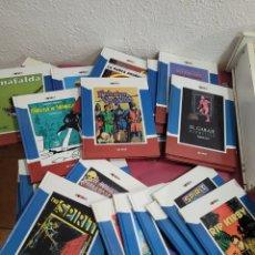 Coleccionismo de Periódico El País: COLECCIÓN COMICS. Lote 277852658
