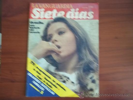 LA VANGUARDIA - REV.SIETE DIAS - 16 DE MAYO DE 1982 / ORNELLA MUTTI Y ADRIANO CELENTANO (Coleccionismo - Revistas y Periódicos Modernos (a partir de 1.940) - Periódico La Vanguardia)
