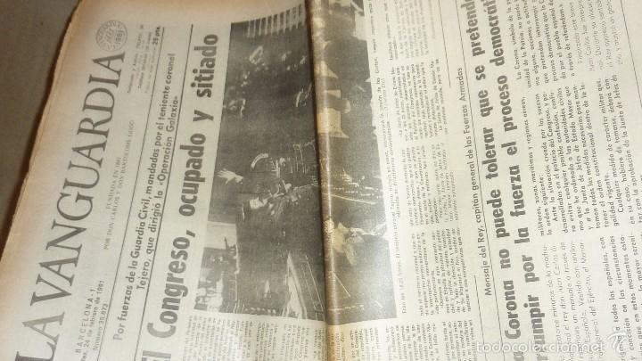 Coleccionismo Periódico La Vanguardia: golpe de estado 23 f febrero . periodico avui - 24 febrero 3ª ed y la vanguardia - 24 febrero - Foto 2 - 55412427