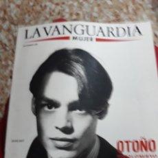 Coleccionismo Periódico La Vanguardia: REVISTA LA VANGUARDIA 9\1988.-OTOÑO HOMBRES Y NIÑOS, COLECCIONES PUNTO,SALVADOR PANIKER,. Lote 132845479