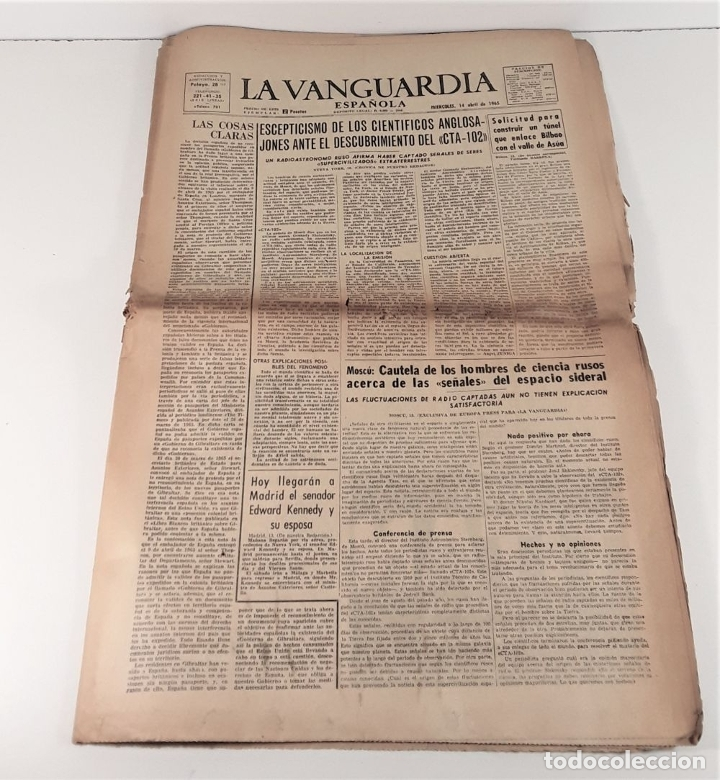 Coleccionismo Periódico La Vanguardia: LA VANGUARDIA ESPAÑOLA. 4 EJEMPLARES. MÀRIUS CAROL. BARCELONA. 1965/66. - Foto 5 - 181721007