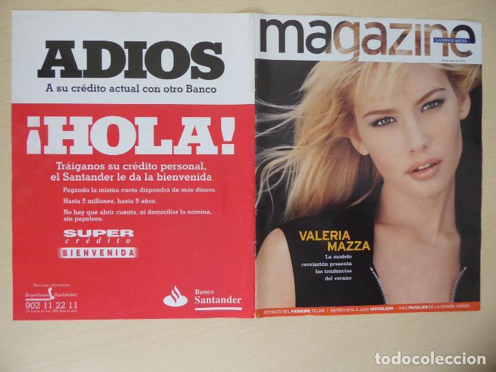 Coleccionismo Periódico La Vanguardia: Recorte La Vanguardia Magazine (26-05-1996): portada Valeria Mazza (con contraportada) -clipping - Foto 2 - 191431818