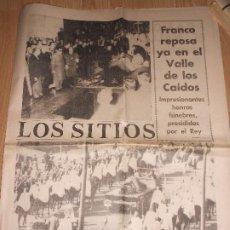 Collectionnisme Journal La Vanguardia: LOS SITIOS DE GERONA 24 NOVIEMBRE 1975 - FRANCO REPOSA YA EN EL VALLE DE LOS CAIDOS. Lote 202683636