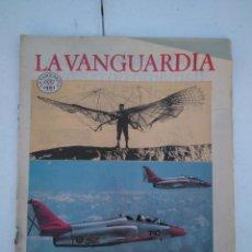 Coleccionismo Periódico La Vanguardia: LA VANGUARDIA , CIEN AÑOS DE LA VIDA EN EL MUNDO - LA AVIACIÓN. Lote 204974980