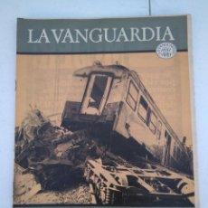 Coleccionismo Periódico La Vanguardia: LA VANGUARDIA , CIEN AÑOS DE LA VIDA EN EL MUNDO - CATASTROFES Y ESTRAGOS. Lote 204975083