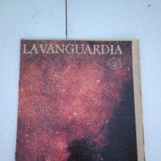 Coleccionismo Periódico La Vanguardia: LA VANGUARDIA , CIEN AÑOS DE LA VIDA EN EL MUNDO - LA ASTRONOMIA. Lote 204975792