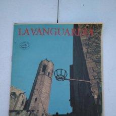 Coleccionismo Periódico La Vanguardia: LA VANGUARDIA , CIEN AÑOS DE LA VIDA EN EL MUNDO - BARCELONA, LOS SERVICIOS PUBLICOS. Lote 204976242