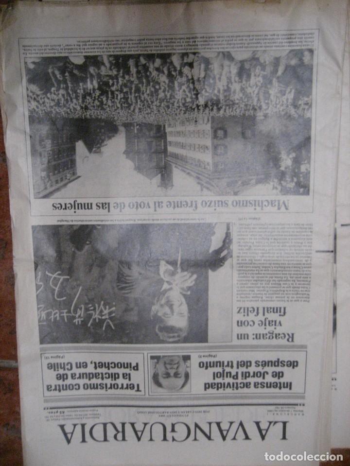 Coleccionismo Periódico La Vanguardia: lote 14 periodicos transicion la vanguardia 23 f golpe estado . retorno tarradelles felipe gonzalez - Foto 2 - 235884505