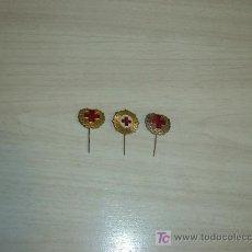 Pins de colección: LOTE 3 PINS METAL CRUZ ROJA 1950-60. Lote 10647777