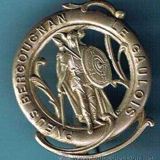 Pins de colección: INSIGNIA COMERCIAL. PNEUS BERGOUGNAN EL GAULOIS. SOBRE 1920.. Lote 23881451