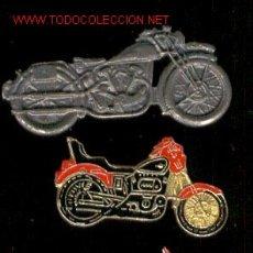 Pins de colección: LOTE DE 3 PINS DE MOTOS - TAMAÑO GRANDE. Lote 25355283
