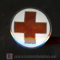 Pins de colección: PINS ESMALTADO DECADA DE LOS 50. CRUZ ROJA. Lote 18935952