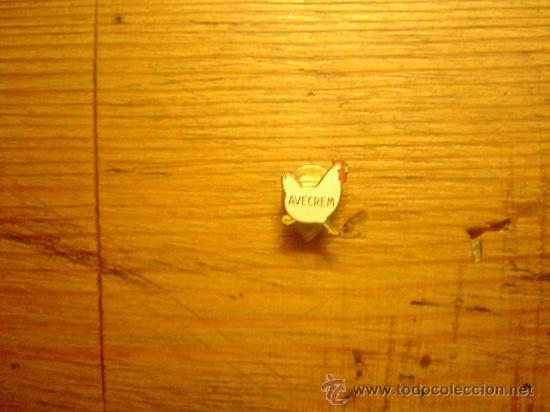 PIN AVECREM OJAL (Coleccionismo - Pins)
