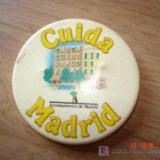 Pins de colección: CUIDA MADRID - AYUNTAMIENTO DE MADRID - 36 MM.. Lote 20942820