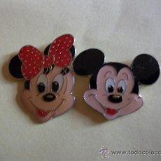 Pins de colección: 2 PINS MICKEY Y DAISY ESMALTADOS WALT DISNEY. Lote 26627977