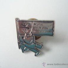 Pins de colección: COBI DE LA OLIMPIADAS DE BARCELONA CON LA BANDERA DE MOLLET DEL VALLES. Lote 34285978