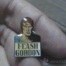 Pins de colección: PIN FLASH GORDON PERSONAJE COMIC. Lote 28318290