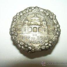Pins de colección: ANTIGUA INSIGNIA......I. CONGRESO FRUTOS DE ESPAÑA..AÑO 1929. Lote 30153266