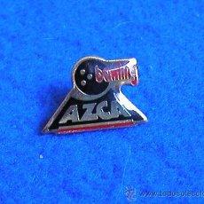 Pins de colección: PIN CLUB BOLOS BOWLING-AZCA-MADRID-DECADA DE LOS 90-CLUB DESAPARECIDO. Lote 39008332