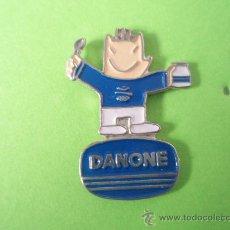 Pins de colección: COBI DE LA CASA DANONE EN PLATEADO DE LAS OLIMPIADAS DE BARCELONA. Lote 30882729