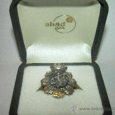 Pins de colección: ANTIGUA INSIGNIA.....DE PLATA Y ORO.......COL LEGI D'AVOCATS DE SABADELL. Lote 31354222