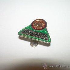 Pins de colección: ANTIGUA INSIGNIA.....MOBYLETTE...G.A.C.. Lote 83513316