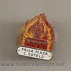 Pins de coleção: FALLAS DE VALENCIA. ANTIGUA INSIGNIA DE LA FALLA PLAZA CALVO SOTELO. Lote 32098593