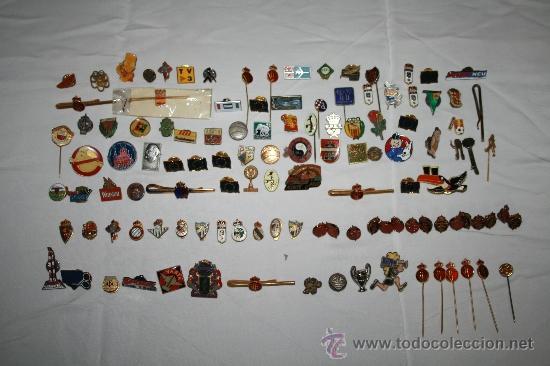 PIN072 IMPRESIONANTE COLECCIÓN DE PINS DE LOS AÑOS 40 A 70 - PRINCIPALMENTE DE DEPORTES (Coleccionismo - Pins)