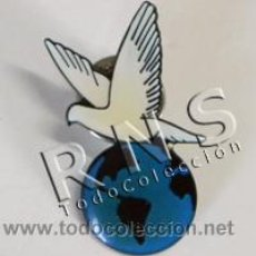 Pins de colección: PIN DE PALOMA DE LA PAZ - PAZ EN EL MUNDO - PACIFISMO - NO A LA GUERRA - OTROS PINS EN VENTA. Lote 32233888