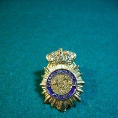 Pins de colección: PIN ESCUDO POLICIA NACIONAL. Lote 32490018