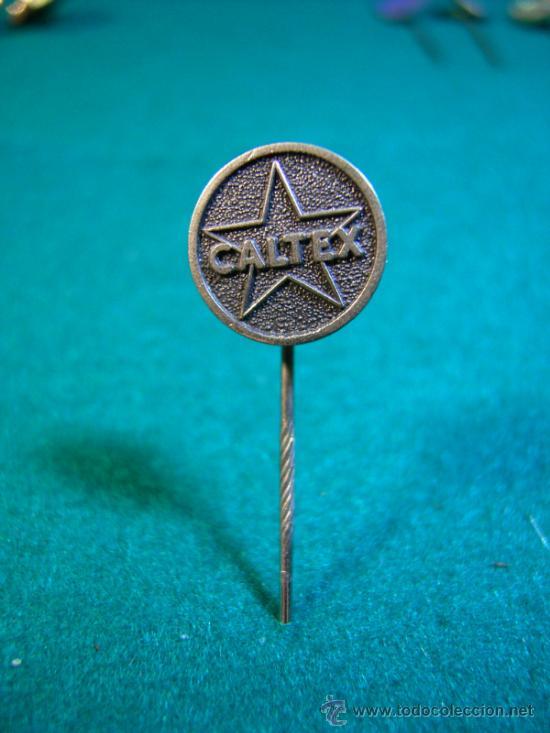 ESCUDO DE SOLAPA AGUJA-PINS- CALTEX (Coleccionismo - Pins)