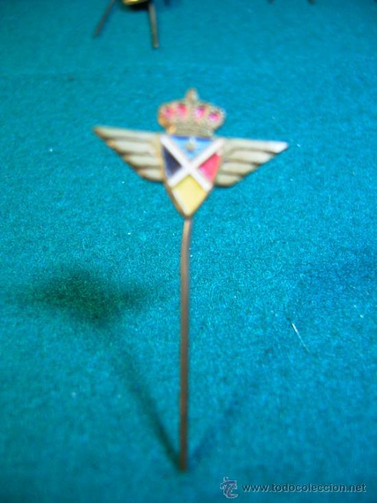 ESCUDO DE SOLAPA AGUJA-PINS- ANTIGUA AEROLINEA (Coleccionismo - Pins)