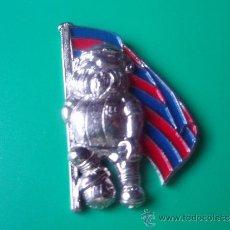 Pins de colección: PIN'S DEL AVI DEL BARÇA PLATEADO MUY DIFICIL GRANDE 4 CTROS DE ALTO . Lote 38819751