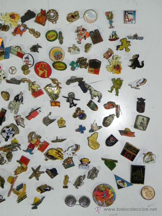 Pins de colección: LOTE DE MAS DE 150 PINS ANTIGUOS, PIN, TODOS LOS QUE SE VEN EN LAS FOTOGRAFIAS PUESTAS, PUBLICIDAD, - Foto 3 - 33817661