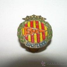 Pins de colección: ANTIGUA INSIGNIA.....F.C.DE S.Y.S....SOS. Lote 35323857