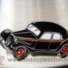 Pins de colección: PIN TAXIS DEL MUNDO CITROEN TRACTION 11 MADRID 1955. Lote 103437951