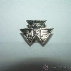 Pins de colección: ANTIGUA INSIGNIA.....TRACTORES M.F.. Lote 38461153