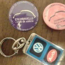 Pins de colección: LOTE 2 CHAPAS PINS CONCENTRACION VOLKSWAGEN ESCARABAJO CLUB ESCARAVELLO DE GALICIA +LLAVERO VW. Lote 38882741