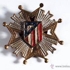 Pins de colección: ANTIGUO PIN INSIGNIA ATLETICO DE MADRID CON CIERRE DE OJAL. Lote 39352975