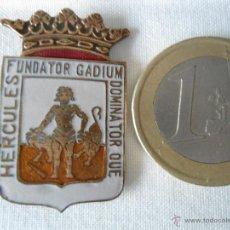Pins de colección: BONITO EMBLEMA DEL ESCUDO DE CADIZ EN ESMALTE. Lote 56531006