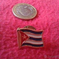 Pins de colección: PIN BANDERA DE CUBA PROCEDENTE DEL PABELLON DE CUBA EN LA EXPO 92 DE SEVILLA. MUY BONITO. Lote 40367433