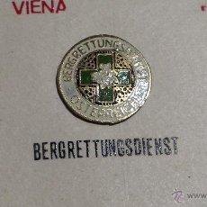 Pins de colección: MUY RARO Y ANTIGUO PIN DE SALVAMENTO BERGRETTUNGSDIENST OSTERREICH (AUSTRIA). Lote 41123172