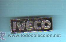 PIN INSIGNIA DEL CAMIÓN O FURGONETA IVECO (Coleccionismo - Pins)