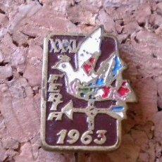 Pins de colección: ANTIGUO PIN DE AGUJA ***FERIA DE MUESTRAS DE BARCELONA*** (1963). Lote 42067982