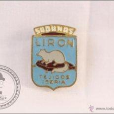 Pins de colección: ANTIGUA INSIGNIA PUBLICITARIA DE SOLAPA / OJAL - SÁBANAS LIRÓN. TEJIDOS IBERIA - 20 X 14 MM. Lote 42772286